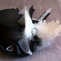 Fallen Angel Mini Top Hat I by RagDolliesMadhouse