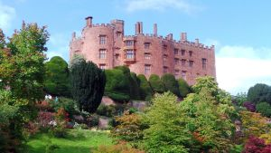 Powis Castle by Akamasdiver