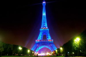Eiffel Tower 1 by AlanSmithers
