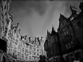 Old Edinburgh Street by Estruda