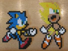 Sonic-Super Sonic Bead Sprites by emagnusson
