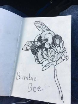 Bumble bee~ by TheOmegaWolfster
