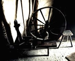 Old Spinning Wheel by nectar666