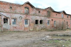 Abandoned building Stock 08 by Malleni-Stock