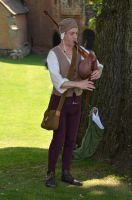 Medieval Musician at Kenilworth Castle (6) by masimage