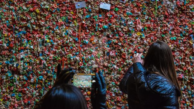 Gum Wall 2 by theemadbro