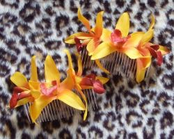 Hair combs - Exotic Lillies by rascalkosher
