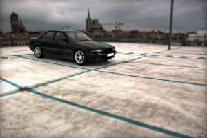 BMW E38 by Ollidoro