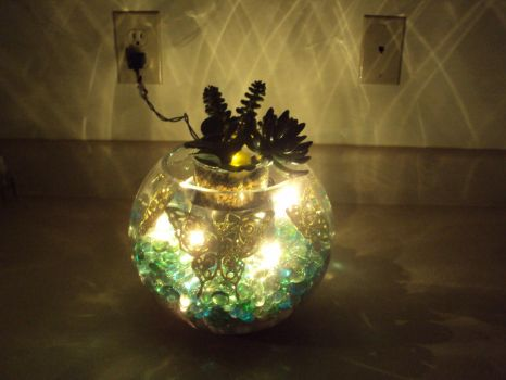 Butterfly Vase '12 Bright lighting by JoManyNames