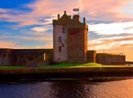 Broughty Ferry Castle by DundeePhotographics