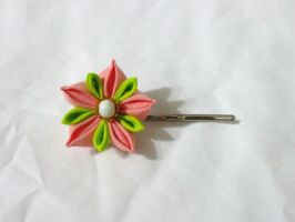 coral and green star flower pin by EruwaedhielElleth