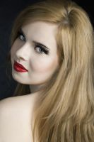red lips by teilie