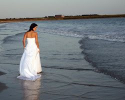Trash The Dress 11 by jasgreg