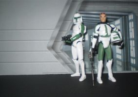 Commander Gree and Trooper by CyberDrone