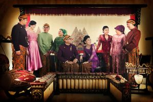 Angga and Indah Family by dmsapr