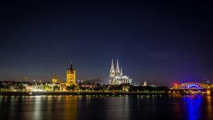 Cologne at Night by ChewyFloyd