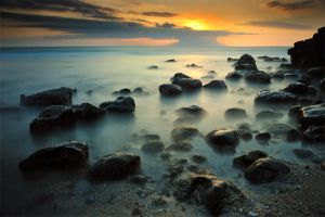 Sunset at Senggigi by GregoriusSuhartoyo