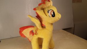 Kain's Spitfire plush by Fanglore-and-Kain