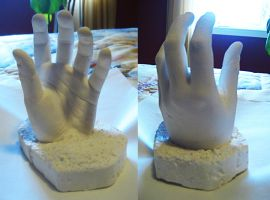 Hand molding by Mee-Lin