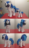 Fashion Sized DJ PON3 Custom by Amandkyo-Su
