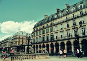 Streets of Paris by green-daydreamer