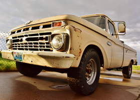 F250 Classic by PhotoStalking