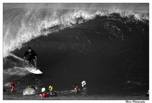 Pipeline Paparazzi by manaphoto