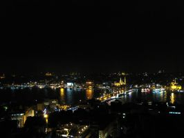 Istanbul by night by VapourNZ