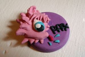 Fluffle Puff Medallion by RobertPlantsPants