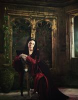 .::Lady in Waiting::. by Randoms-Foundling