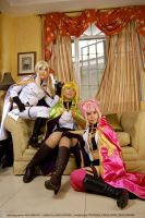 Ladies of Rounds, Chilling by maki-chama