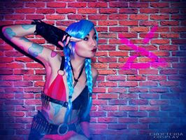 Cosplay: Jinx - League of Legends by paulinefication
