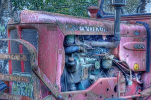 Tractor Engine HDR by LordHenkutt