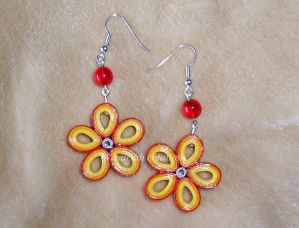 Quilling flowers earrings by OmbryB