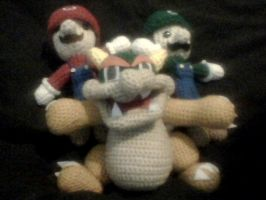 And now a Bowser to complete the family by Kill-me-sensless
