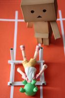 Yotsuba and the hurdle by elheartista