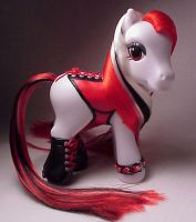 Corset pony for Darkhorse by Woosie