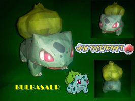 Bulbasaur papercraft model by javierini