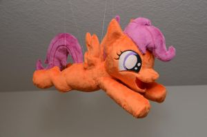 Scootaloo Learns to Fly by makeshiftwings30