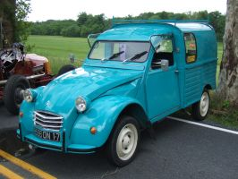 Citroen Type AK350 2CV Fourgonnette 2 by Aya-Wavedancer