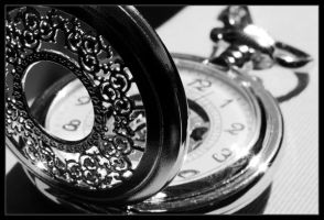 Pocket Watch Hi Res by ClawzSkunk