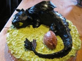 toothless cake finished 2 by toastles