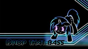 Vinyl Scratch Glow Wallpaper BASS by SmockHobbes