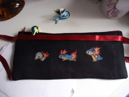 Cross stitch Cyndaquil's family pencil bag by Miloceane