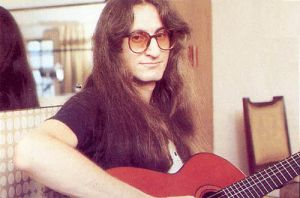 Geddy with Guitar by beforeandafter2112