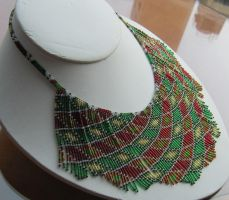 'Harley Quinn' beaded necklace, green red gold by AxmxZ