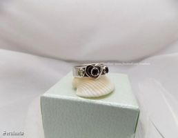 'Heartbeats', handmade sterling silver ring by seralune