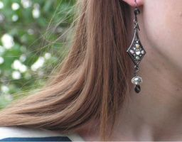 Hollywood Style Crystal Dangle Earrings Prom Idea! by artistiquejewelry