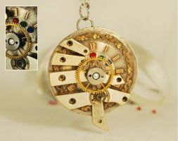 Steampunk 'Robot Eye' Pendant by Henri-1