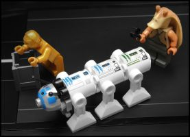 The Astromech Centipede... by SWAT-Strachan